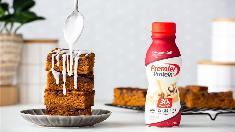 11 00 Premier Nov Social Cinnamon Roll Blondies WEB