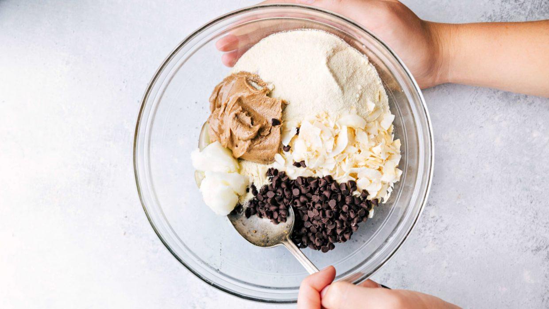 Recipe Almond Coconut Protein Bars 2