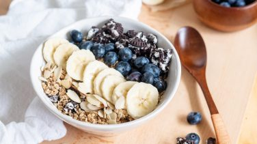 Featured image for Cookies & Cream Oatmeal