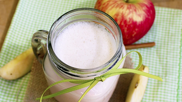 Recipe image for: Apple Pie Shake